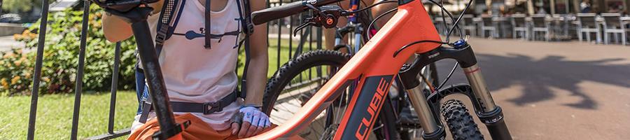 Oranje fiets