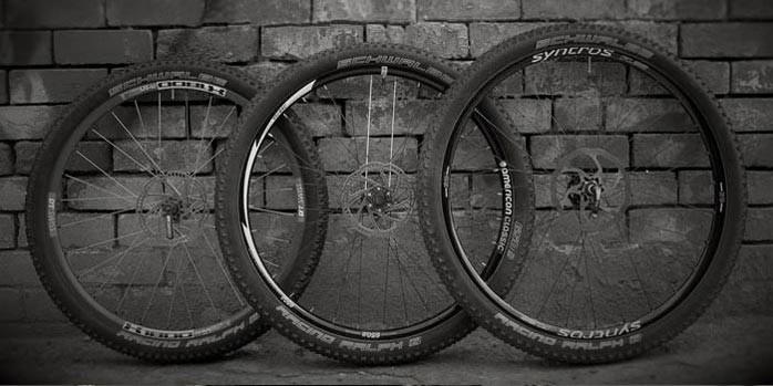 Afbeelding 2 foto van wielen