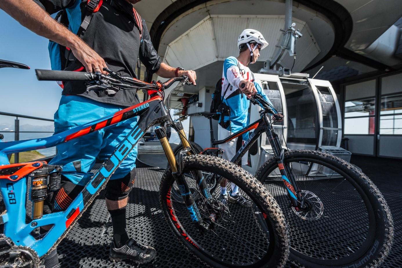 Afbeelding 3 Enduro mountainbikes